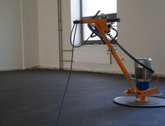 Фотография механизированной стяжки пола