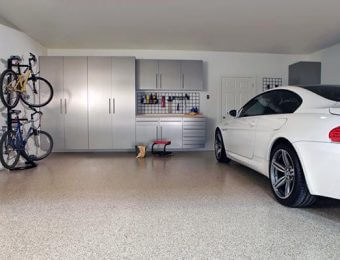 Заливка бетонного пола в гараже