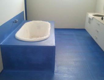 Стяжка пола в ванной комнате